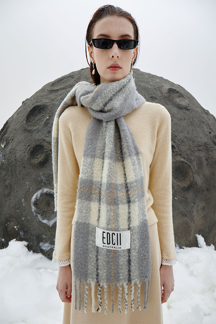 Classic Cream Gray Cotton Candy Woolen Scarf