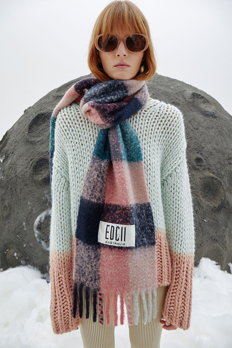 Hazy Rose Candy Woolen Scarf