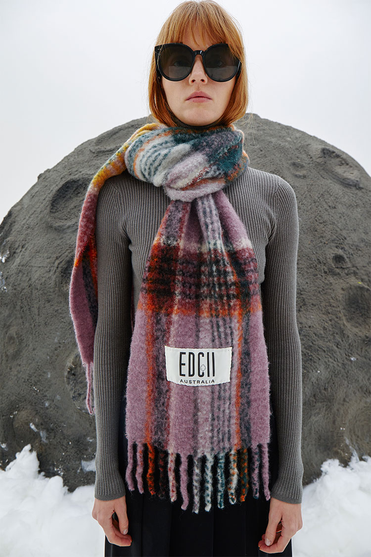Berry Cotton Candy Woolen Scarf